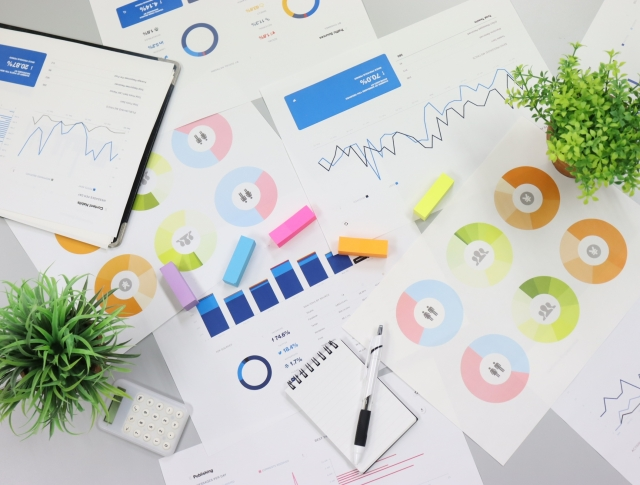 過去のデータ分析やプロモーション提案の経験を活かしWeb業界でのチャレンジを考える