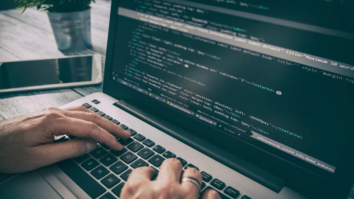 【シフト・時間は希望により決定】PHP等による改修、実装